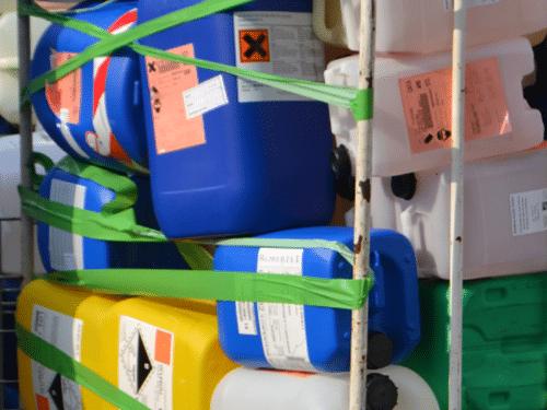 arsilom-EMBALLAGES-PLASTIQUES-VIDES-recyclage-de-dechets